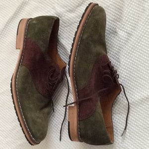 100 %  European leather shoes